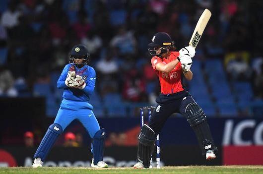 महिला टी-20 विश्व कप: इंग्लैंड ने फिर तोड़ा भारत के विश्व कप जीतने का सपना