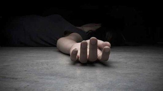 पति ने की पत्नी की हत्या, शव को कमरे में बंद कर हुआ फरार