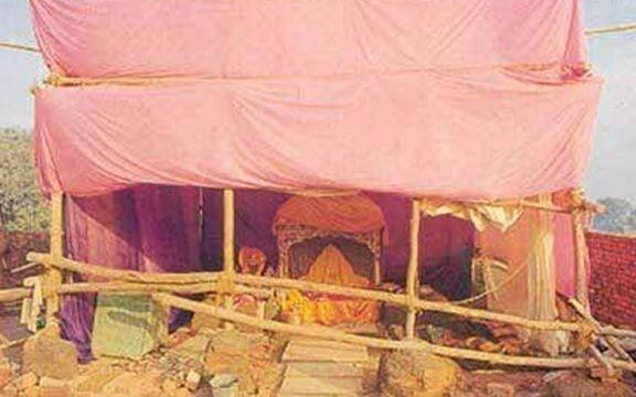 रामलीला मैदान में 09 दिसम्बर की धर्म सभा के लिए विहिप ने किया भूमिपूजन