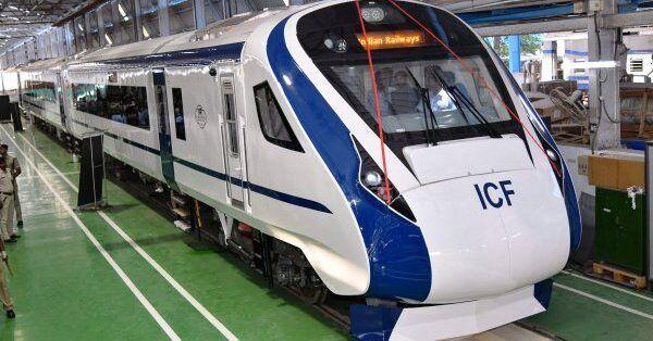 देश की पहली सेमी हाई स्पीड ट्रेन-18 का किराया अभी तय नहीं: रेल राज्यमंत्री