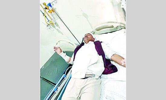 पुलिस के लाठी चार्ज में सपा जिलाध्यक्ष घायल