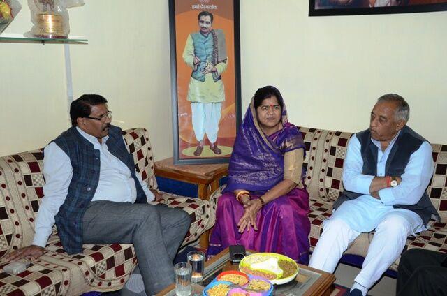मंत्री - आंगनबाड़ी कार्यकर्ता संवाद कार्यक्रम होगा शुरू : कैबिनेट मंत्री इमरती देवी