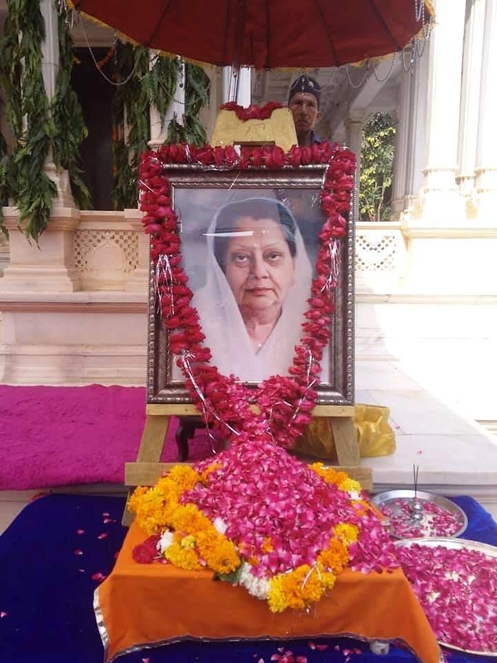 विजयाराजे सिंधियाः महारानी से राजमाता तक