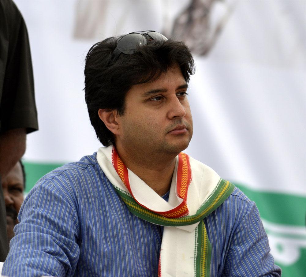 गुज्जर व जाट मतदाताओं को कांग्रेस से जोड़ने की सिंधिया की कोशिश