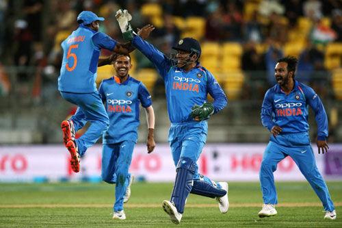 5वां वनडे : इंडिया 35 रन से जीता, सीरीज पर जमाया 4-1 से किया कब्जा