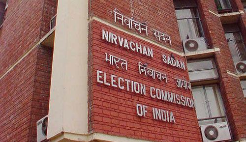गलत विज्ञापन से फेसबुक और गूगल पर एक्शन के लिए चुनाव आयोग ने केंद्र से मांगे अधिकार