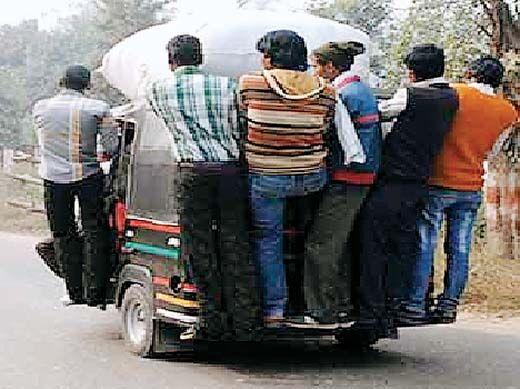 यातायात नियमों की धज्जियां उड़ाना पड़ेगा मंहगा