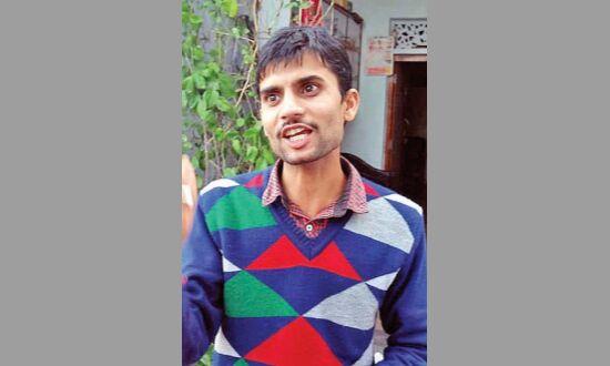 आरटीआई कार्यकर्ता को आरक्षक ने दी धमकी