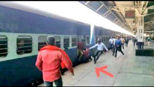 चलती ट्रेन में चढ़ने पर फि सला युवक का पैर