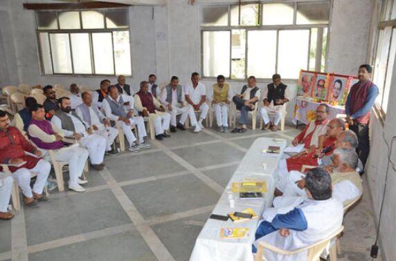 मोदी को फिर से प्रधानमंत्री बनाने के लिए जुट जाएं कार्यकर्ता