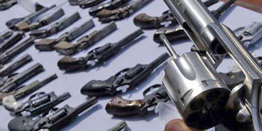 चुनाव से पहले पुलिस ने पकड़ी अवैध हथियारों की फैक्ट्री
