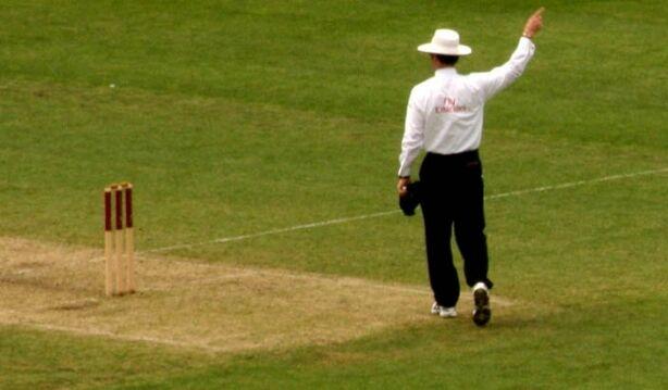 नये क्रिकेट नियमों के तहत खिलाडिय़ों को बाहर भेज सकेगा अंपायर