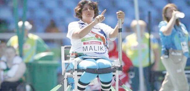 दीपा मलिक ने पैरालंपिक में रजत पदक जीतकर रचा इतिहास,पहली भारतीय महिला बनीं