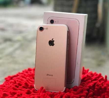 दिवाली ऑफर : आईफोन 7 मिल रहा है मात्र 7777 रुपये