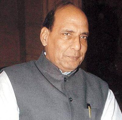 दुनिया जानती है कौन दे रहा है आतंक को बढावा: राजनाथ