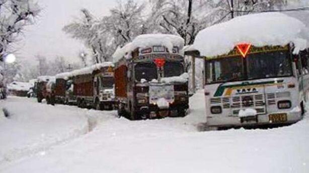 तीन दिन बाद फिर खुला श्रीनगर-जम्मू हाईवे