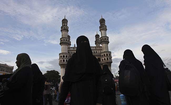 तीन तलाक मामला: SC की संविधान पीठ 11 से करेगी सुनवाई, सलमान खुर्शीद ने दिया सहयोग का अॉफर
