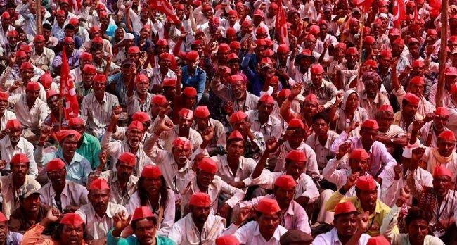 तीन घंटे बैठक के बाद किसान आन्दोलन खत्म करने को राजी, जून 2017 तक का कर्ज होगा माफ
