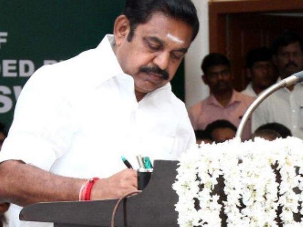 तमिलनाडु विधानसभा में हंगामा, मेज-कुर्सियां तोड़ीं