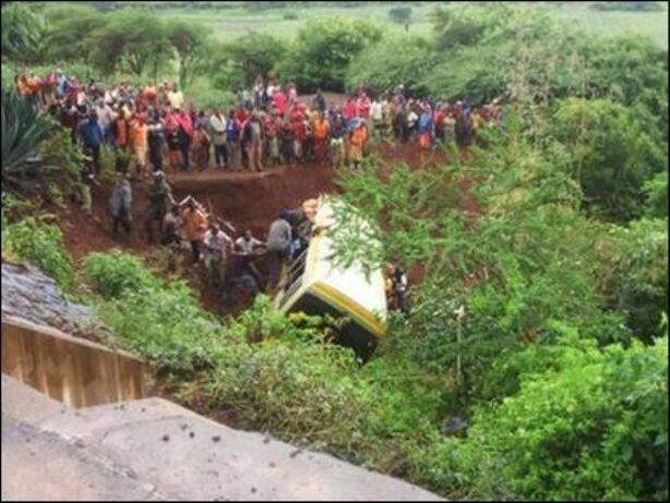 तंजानिया: दर्दनाक सड़क हादसे में 32 बच्चों समेत 35 की मौत
