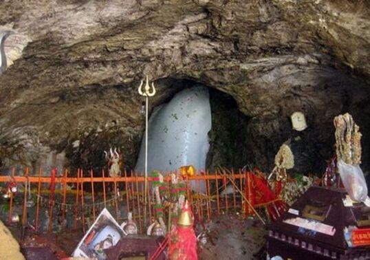 अमरनाथ यात्रा के लिए श्रद्धालुओं का दूसरा जत्था रवाना