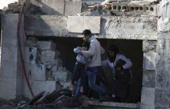 सीरिया में मिसाइल हमला, 50 की मौत