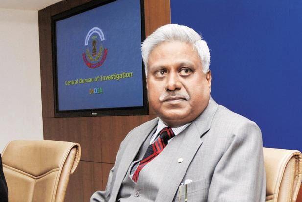 सीबीआई के पूर्व निदेशक रंजीत सिन्हा के खिलाफ जांच की धीमी रफ्तार पर सुप्रीम कोर्ट नाराज