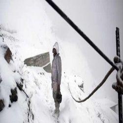 सियाचिन में 150 पाक सैनिक हिमस्खलन की चपेट में